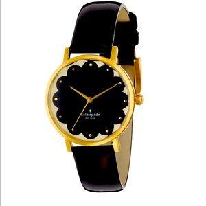 ♠️ Kate Spade Metro Scallop Watch, Blk, Wht & Gold